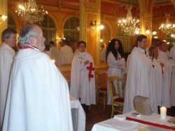 CHAPITRE DE LA COMMANDERIE LES CHEVALIERS DU LYS NOVEMBRE 2015